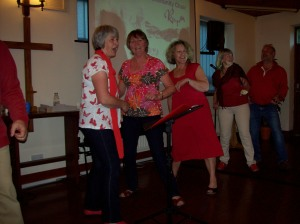 Rapsquillion get down and jiggy with Rockspring Community Choir!